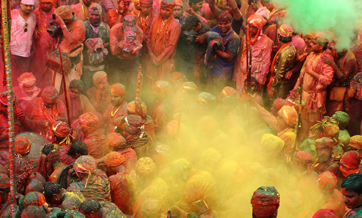 holi festival essay Do you want to write an essay on holi do you know about the importance of holi let us know when holi festival is celebrated, when holi is celebrated, when is holi in 2018, how to prepare holi and the reason for celebrating holi in detail.
